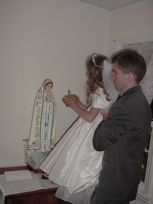 Marys_1st_communion_043